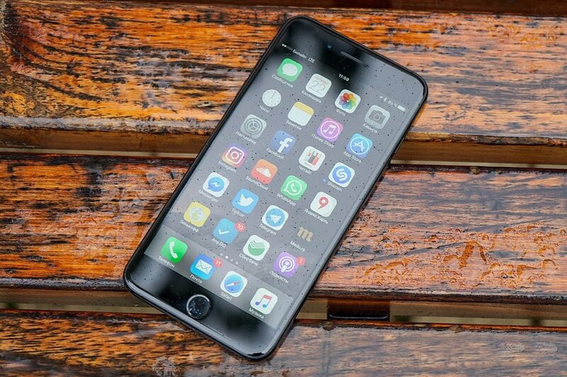 Самсунг тестирует Android-смартфон Galaxy J7 (2017)