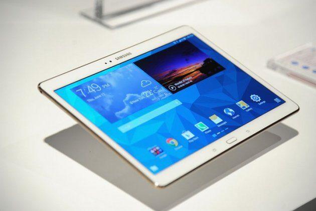 Стали известны цветовые варианты Samsung Galaxy S8 иS8 Plus