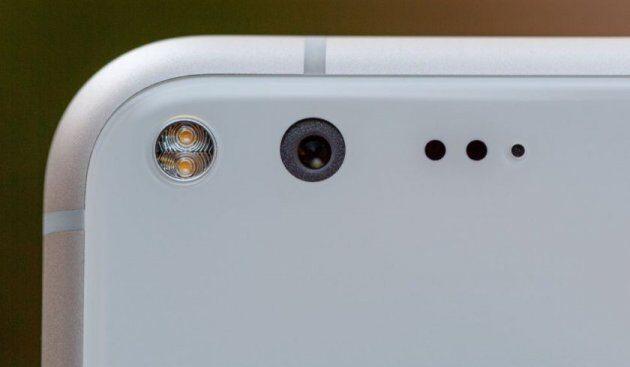 Google приступила ктестированию смартфонов Pixel второго поколения
