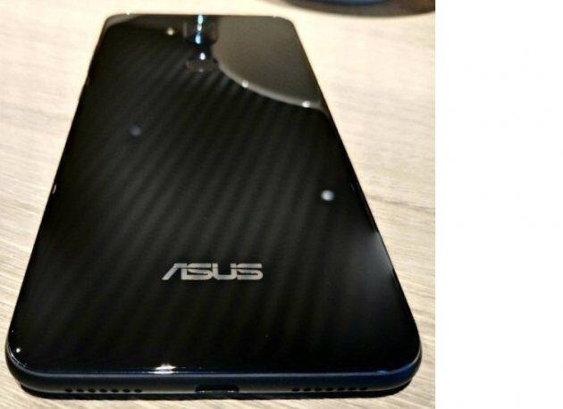 Asus Zenfone 5 Lite будет удивлять двойными камерами на задней и передней панели